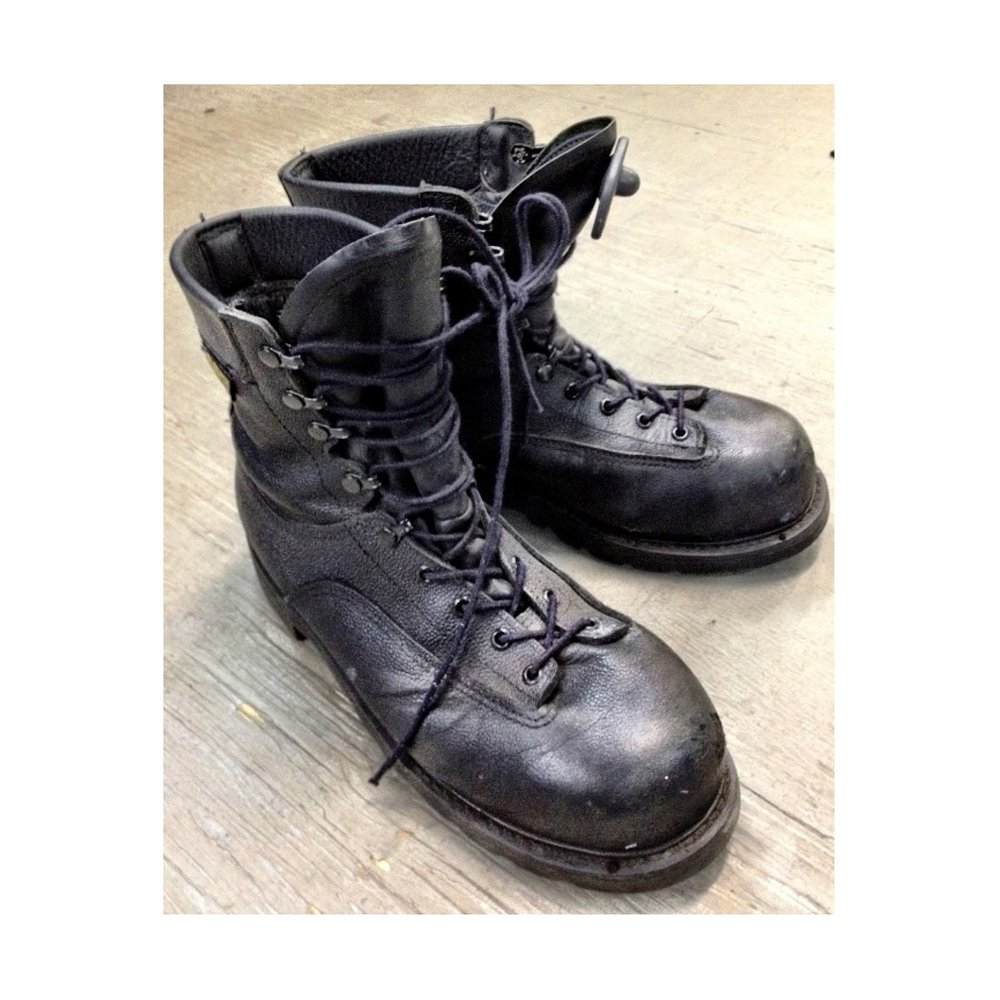 canadian used tex combat boots